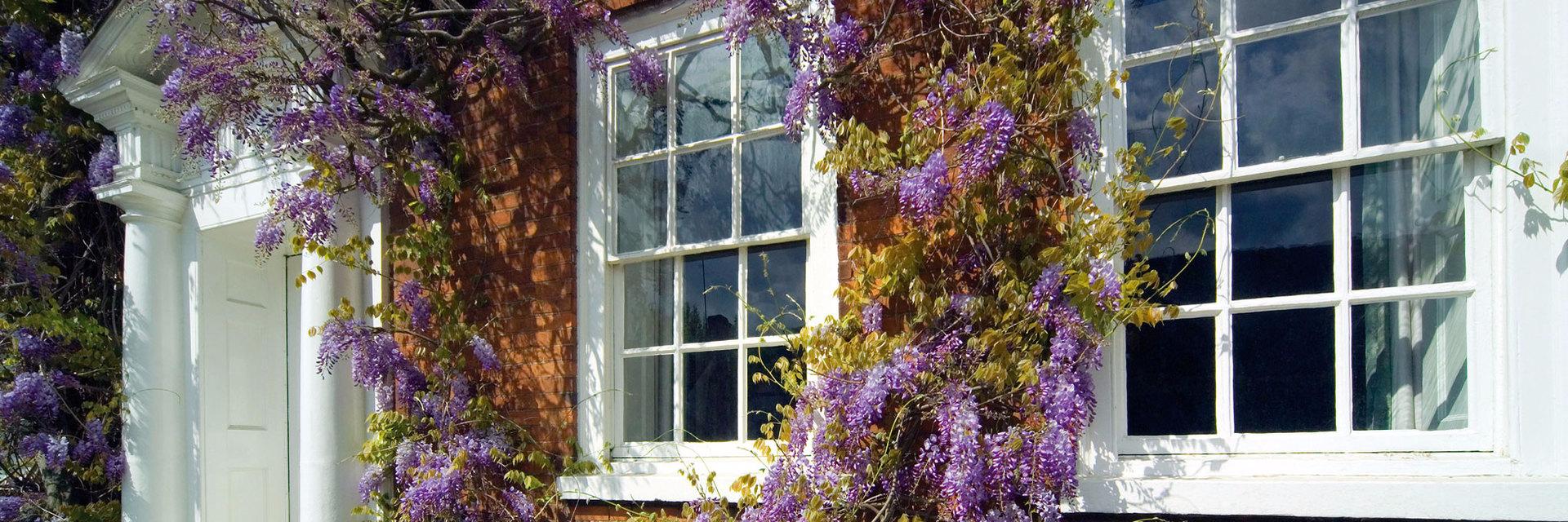 Finestre ghigliottina in legno finestre saliscendi in legno home - Finestre a ghigliottina ...